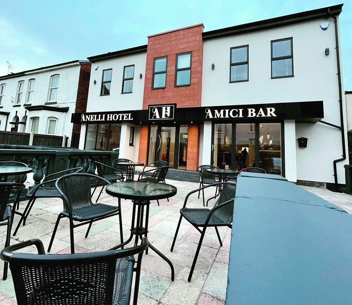 Anelli Hotel & Amici Bar has opened at 1-3 Avondale Road in Southport town centre. The hotel is run by the Anelli family: Roberto and Karen with children Adriana and Fabrizio