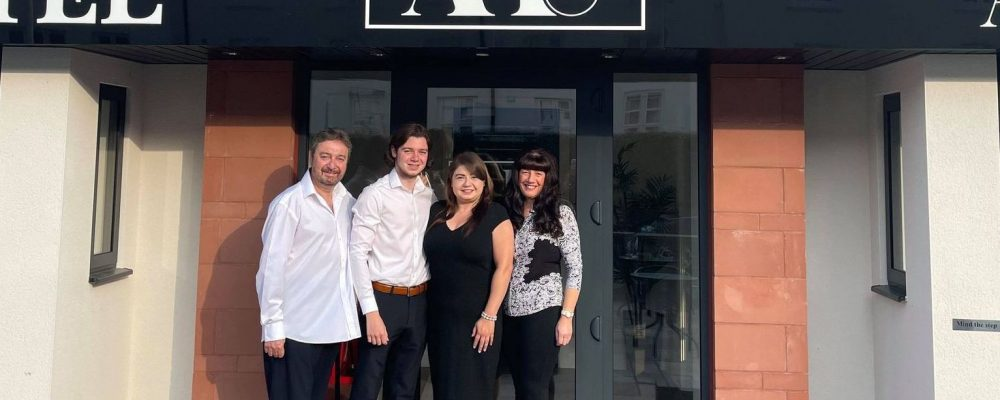 New Anelli Hotel & Amici Bar celebrates opening in Southport town centre