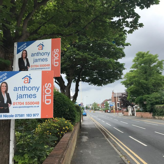 Anthony James Estate Agents in Southport ensures personal support for people selling homes