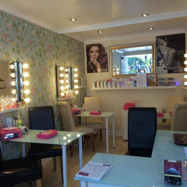 Flutterby Salon