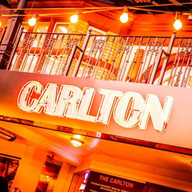 Boss of The Carlton bar in Southport closes venue for a day to say thank you to staff